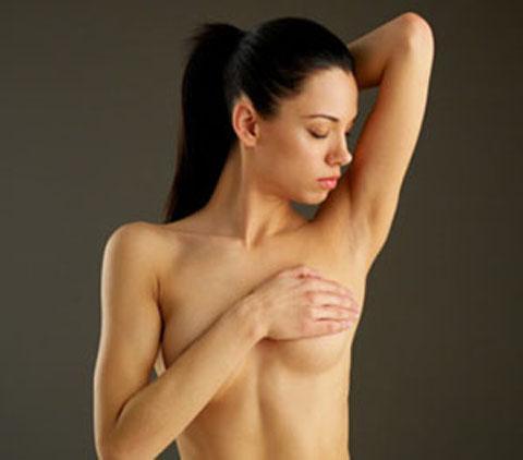 Massage - Bí quyết cải thiện vòng 1 quá nhỏ hiệu quả