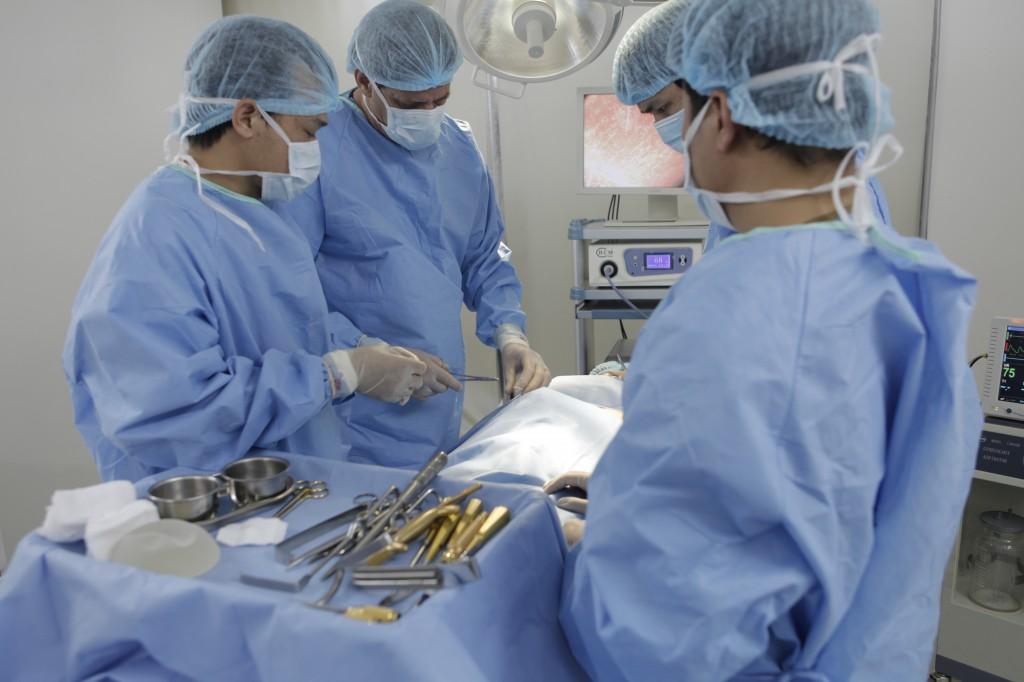 Giải phẫu thẩm mỹ nâng ngực nội soi và 5 câu hỏi được quan tâm nhất 3
