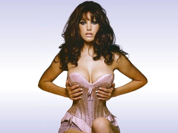 Phẫu thuật thẩm mỹ ngực giúp phụ nữ tự tin hơn 1
