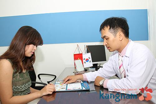 Tư vấn trực tiếp phẫu thuật nâng ngực Y-line có đau không