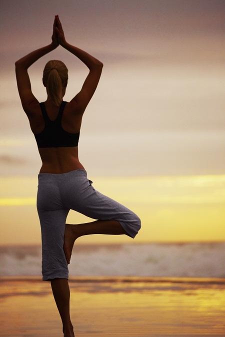 Các bài tập yoga cho ngực nở eo thon còn thực hiện đúng kỹ thuật
