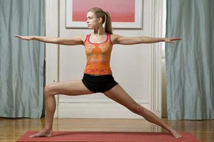 Bài tập yoga cho ngực nở eo thon còn rất tốt cho sức khỏe