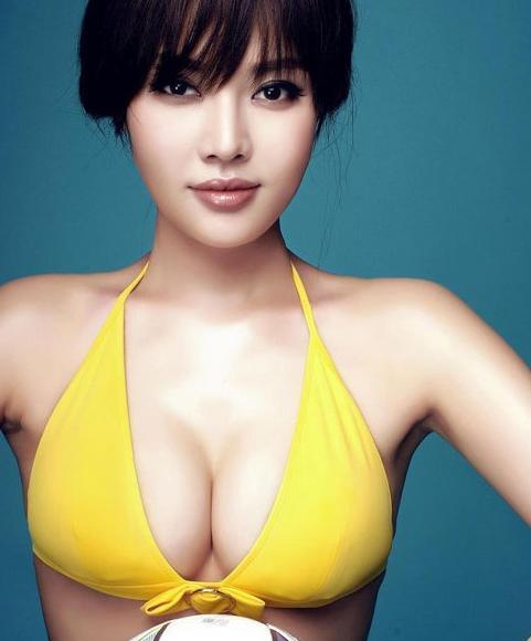 Cải thiện vòng 1 quá nhỏ bằng cách nâng ngực thẩm mỹ