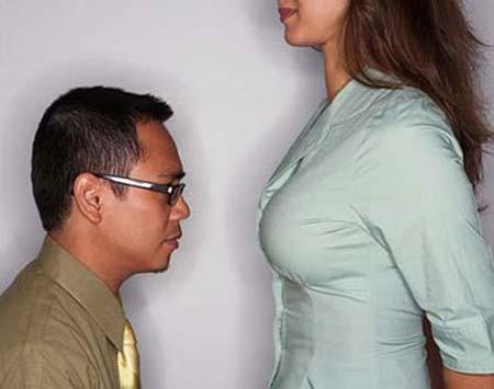 Phụ nữ mặc áo lót nâng ngực theo cách nhìn của phái mạnh3