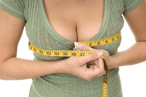 Nâng ngực chảy xệ sau sinh lấy lại vòng ngực đẹp cân đối 1