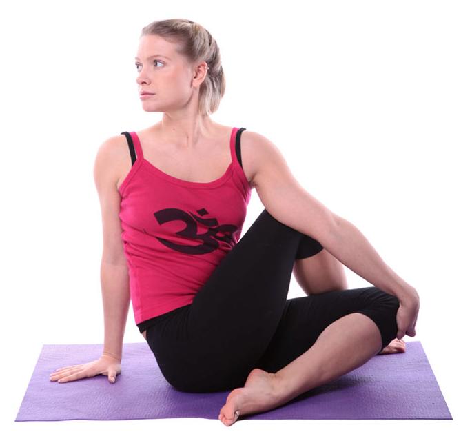 Các bài tập yoga cho ngực nở eo thon cần kiên trì thực hiện